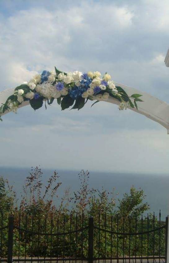 Аранжировка Рапсодия в бяло и синьо